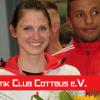 Antje Möldner-Schmidt übergibt Scheck an LCC-Nachwuchs