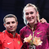 Hallenweltmeisterin überspringt zwei Meter