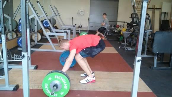 Training-2017-Reißen-100-kg-Versuch-2.mp4